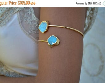 XMAS IN JULY Arm Band /// Upper Arm Cuff /// Turquoise Gemstone Arm Wrap/// Gold