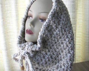 SALE Chunky Cowl Infinity Scarf in Cream Wheat SOFT wool blend.