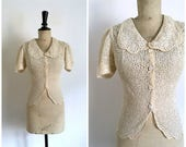 Vintage 1930s/1940s Beige Lace Blouse / Size Extra Small to Small