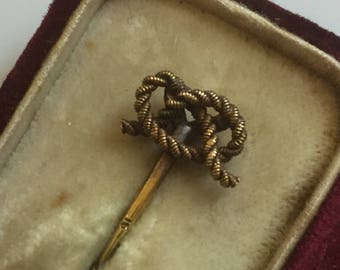 Antique 15ct gold original Victorian sentimental lovers / love knot rope stickpin or tie pin - groom's gift?