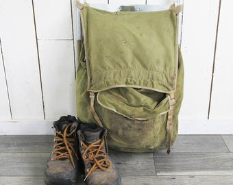 Vintage Trager Canvas Backpack with Aluminum Frame - Nicely Distressed