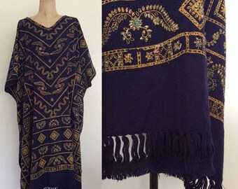 30% OFF 1970's Flocked Printed Caftan w/ Fringe Hem Vintage Dress Size All Small Medium Large XL XXL by Maeberry Vintage