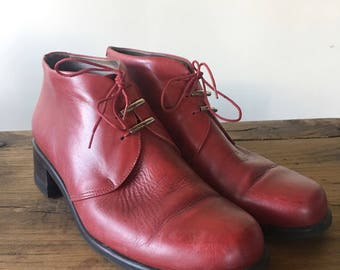 Vintage 90s Red Chukka Ankle Boots, Lace Up Boots, Women's Boots, Granny Boots, Size 40, Size 9.5