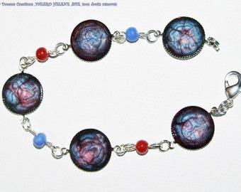 Bracelet cabochon bright iridescent, blue cherry ceramic