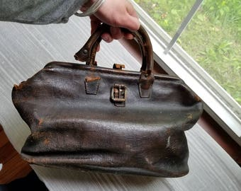 Vintage Antique Distressed Leather Doctor's Bag Warranted Genuine Cowhide Union Made Brown Leather As Is United Leather Workers ULWIU