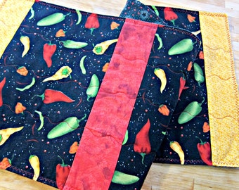 Quilted Table Runner, Chili Peppers, Black Table Runner, Food Fabric, Chili Fabric, Cinco de Mayo, Southwestern Decor, Hot Peppers