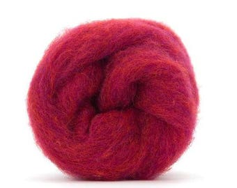 Corriedale Bulky Wool Roving - Sour cherry - 4 ounces