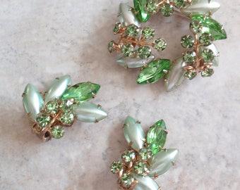 Satin Glass Brooch Set Green Rhinestones Demi Parure  Prong Set Vintage 073115LH
