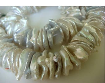 ON SALE 55% Natural Keshi Pearls - Natural Keshi Salt Water Flat Pearls - Natural Ivory Grey Color - 28 Pieces Approx Approx - 15mm Each