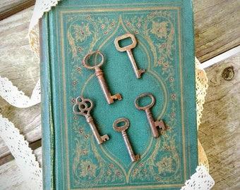 Antique Skeleton Keys ~ Set of 5 Small Antique Keys