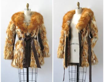 20TH CENTURY FOX Vintage 70s Coat | 1970s Fox Fur Jacket w/ Leather Belt | Leather Panels, Paisley Lining | Disco Glam Psychedelic |  Medium