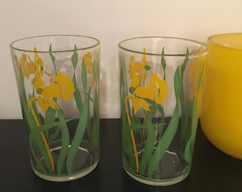 Antique Swanky Swigs Juice Glasses Colorful Yellow Daffodils Pair