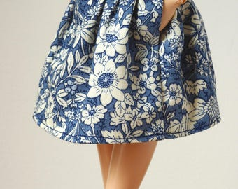 Blue flowery short skirt with pockets for Poppy Parker / Model Muse, Made to Move or Pivotal Barbie