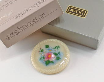 Vintage 1984 Signed Avon Spring Bouquet Genuine Porcelain Ivory Off White Flower Green Pink Blue Brooch Circle Pin in Original Box NIB