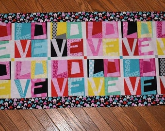 Big Love Table Runner Kit - perfect addition to a coffee table setting!