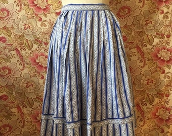 ON SALE Vintage 50s French Cotton Skirt