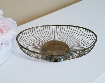 Vintage Wire Basket, Vintage Metal Basket, Wire Bread Basket, Wire Fruit Basket, Vintage Basket, Farmhouse Decor, Vintage Decor, Silverplate