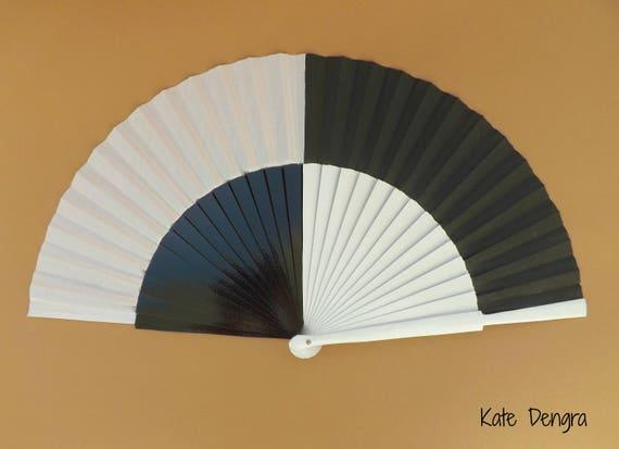 Retro 60's Black and White 27cm Hand Fan