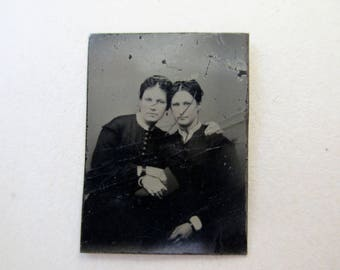 antique miniature gem tintype photo - 1800s, affectionate women, sisters, twins?