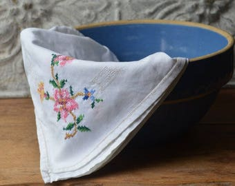 Vintage Embroidered Linen Card Table Cloth, Vintage Embroidered Table Topper