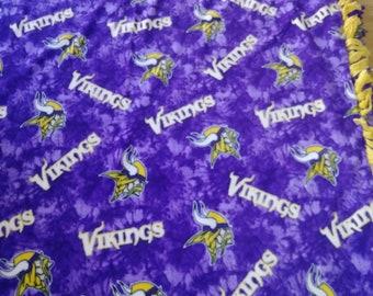Minnesota Viking Fleece Blanket - reversible