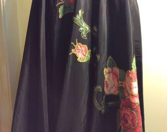 Rose Appliqué Circle Skirt Black Large 30 waist