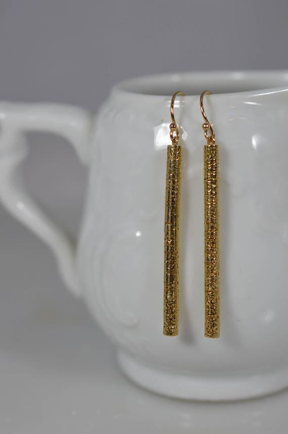 14k Yellow Gold Filigree Bar Earrings (Pair)