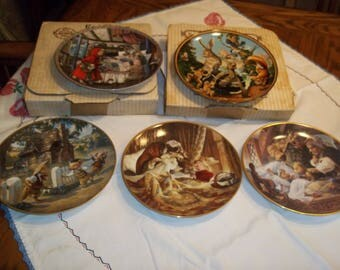5 Pc lot Knowles Fairy Tales  collectible Plates Red Riding Hood, Goldilocks Bears, Tortoise & Hare, 3 pigs, decorator