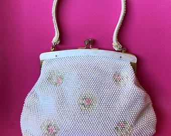 Vintage Corde Bead Purse - 60s - Amazing Lucite Frame! VLV - Pin Up