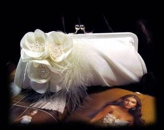 Wedding clutch, Bridal clutch, bridal evening bag, bridal evening bag,pearl clutch, feather clutch, White clutch