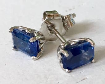 Bright Blue Sapphire Platinum Earrings Four Prong Mounting