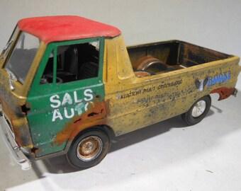Classicwrecks, RustedWreck, Scale ModelCar, OOAK,Dodge Truck , YellowPickup,Steampunk