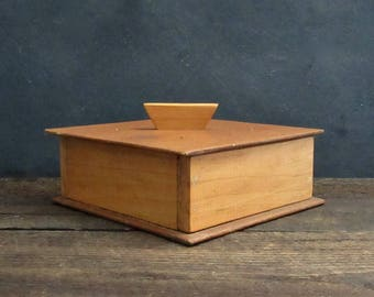 Vintage Handmade Storage Box, Wooden Keepsake Box with Lid, Vintage Stash Box