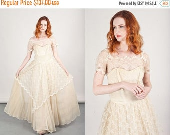 FLASH SALE 50s Whimsical Lace Gown Vintage Light Cream Whimsical Chiffon Dress