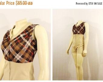 SALE Vintage Jumpsuit 79s Shorts Romper Jumper Onsie Plaid Top Zip Front Beige Taupe Brown Croal Red Size XS