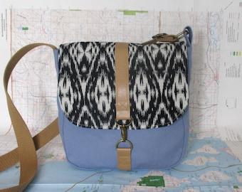 Arizona- Crossbody messenger bag - Southwestern purse - Tribal - Geometric - Vegan purse - Travel bag- Canvas purse - Medium - Ready to ship
