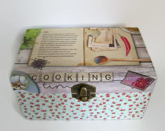 Decoupage Recipe Box -  100 Index Cards and Dividers - Small Recipe Box - Cooking Time Recipe Box