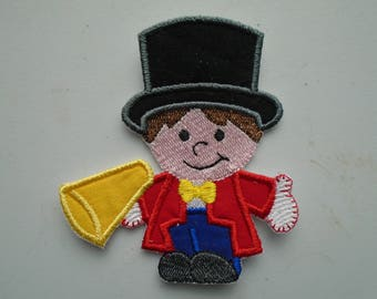 Iron on or sew on applique or patch of  a Circus Ringmaster