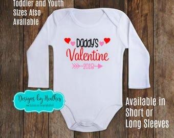 Personalized Bodysuit - Daddy's Valentine - Arrow - Valentines Onesie - Valentines Day Baby Clothes