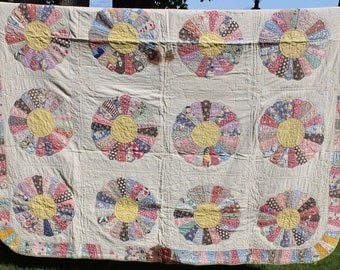 Antique Patchwork Quilt Dresden Plate Hand Pieced Appliqué Quilted Scrappy Cutter Stacker AS IS