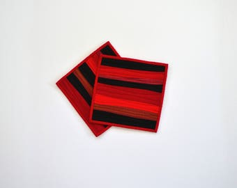 Quilted Pot Holders, Red Pot Holders, Modern Kitchen Decor, Red and Black, Pot Holders, Red Hot Pads, Hostess Gift