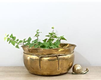 Vintage Brass Planter Brass Flower Pot Hammered Brass Indoor Outdoor Balcony Rustic Boho Chic