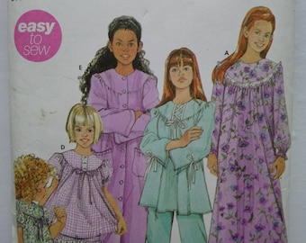 Vintage Simplicity 5382 Child's and Girls Nightgown, Robe and Pajama pattern