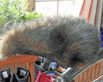 Housse de siège de vélo sable fausse fourrure