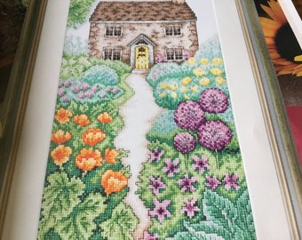 COUNTRY GARDEN FLOWERS - Cross Stitch Pattern Only