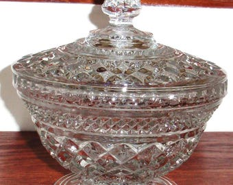 ANCHOR HOCKING WEXFORD Heavy Crystal Candy Dish Bowl with Lid Top Cover 1960 Vintage Criss Cross Pattern Excellent