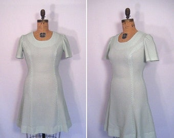 20% off sale : 1960s green and white swiss dot dress • 60s mod dainty dot day dress • vintage both sides now dress