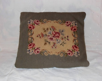 Vintage, Needlepoint Small Pillow, Flowers Floral Pinks yellow Roses, Daisies, Farm House, Cottage Chic