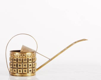 Textured Brass Watering Can / Vintage Watering Can / Indoor Watering Can / Indoor Gardening