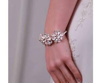 bridal bracelet , wedding jewellery , bridal accessory , gold bracelet , bangle , bracelet.